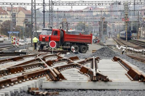 Výhybková konstrukce železniční stanice Vršovice.