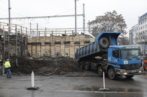 Dočasné zajištění jámy - prostor opěry mostu ul. Bartoškova