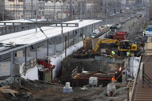 Práce na železničním spodku kolej č. 1 a podchod žst Vršovice.